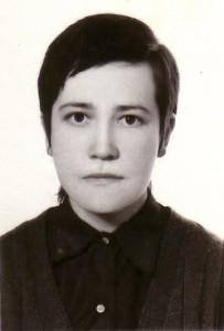 La hna. Josefina joven: foto de la hermana Josefina Serrano, cofundadora de la Unión Lumen Dei, durante su juventud.